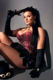 有葡萄酒枪的女孩在steampunk样式 库存照片