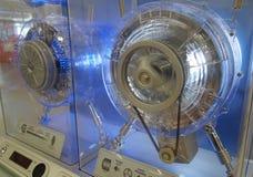 有蓝色光的电动机 免版税库存图片