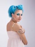 有蓝色头发的女孩 免版税库存图片