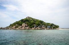 有蓝色海的Nang元海岛 库存图片
