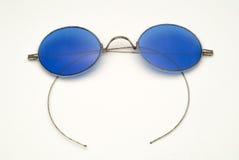 有蓝色透镜和导线框架的古色古香的镜片 免版税图库摄影