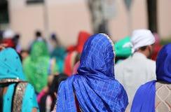 有蓝色面纱的锡克教徒的妇女 免版税库存照片