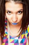 有蓝色嘴唇的女孩 免版税库存图片