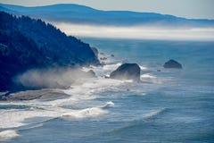 有薄雾的陆岬 免版税库存照片