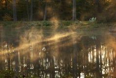 有薄雾的水 库存照片