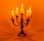 有蜡烛的老烛台 免版税库存图片