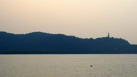 有蟒蛇储塔的杭州西湖 图库摄影