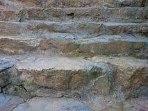有被巩固的灰色步样式的石台阶 布朗楼梯ri 免版税图库摄影
