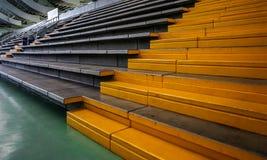 有被设计的墙壁结构的体育场 免版税库存图片