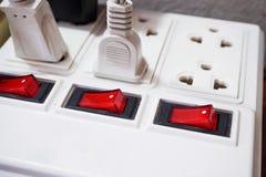有被连接的插座的多个插口 库存照片
