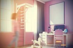 有计算机的,梯子婴孩s室,变粉红色定调子 库存图片