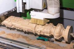 有计算机系统的木材加工机器 免版税图库摄影
