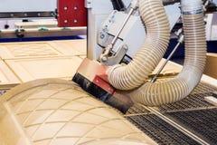 有计算机系统的木材加工机器 免版税库存照片