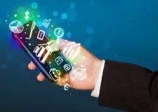 有财务的智能手机和市场象和标志 免版税库存照片