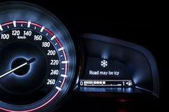 有资料显示的汽车车速表 免版税库存图片