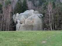 有趣的岩层-大而无用的东西岩石 免版税库存图片
