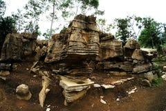 有趣的岩石停放与棕色颜色做可爱的石公园 库存照片