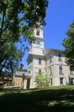 有趣的建筑学的例子在第1座施洗约翰教堂里, 18世纪教堂,上帝,罗德岛州, 2015年 免版税库存照片