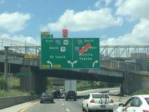 有路的堪萨斯城高速公路关闭了 库存照片