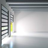 有路辗门的小产业大厅 免版税库存照片
