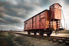 有轨机动车为对Auchwitz II的驱逐出境使用了-比克瑙 免版税库存照片