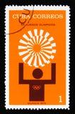 有运动员sillhouette的古巴,从系列XX夏天奥运会,慕尼黑, 1972年,大约1972年 免版税库存照片