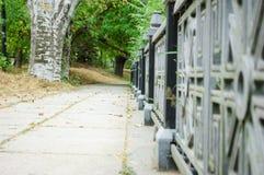 有透视的石道路对桥梁 库存照片