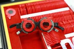 有透镜的分类的眼医箱子匹配的 免版税图库摄影