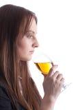 有酒杯的女孩 免版税库存图片