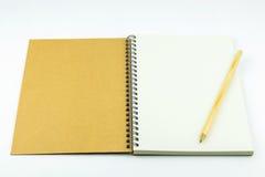 有铅笔的开放笔记本盖子 免版税库存照片