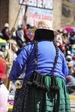 有长的头发的秘鲁妇女 库存照片