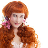 有长的头发的美丽的红色头发妇女 免版税库存图片