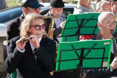 有长笛的音乐家 免版税库存照片