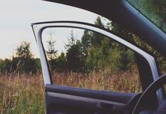 有门户开放主义的现代汽车 库存图片