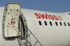 有门户开放主义的瑞士飞机 免版税库存照片