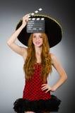 有阔边帽的滑稽的墨西哥妇女 库存照片