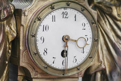 有阿拉伯数字的古色古香的时钟 免版税图库摄影