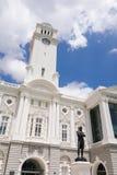 有雕象的维多利亚音乐堂 免版税库存图片