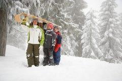 有雪橇的孩子 免版税库存图片