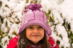 有雪的女孩在她的头发 免版税库存图片