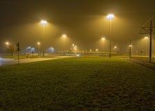 有雾的公共汽车 免版税图库摄影