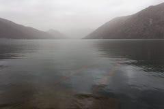 有雾的博卡队海湾 免版税库存图片