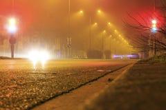 有雾的路 免版税库存照片