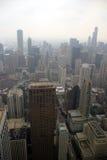 有雾芝加哥的日 库存图片