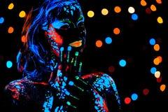 有霓虹油漆bodyart画象的女孩 库存图片