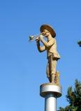 有音乐管子的雕象男孩在巴统 佐治亚 免版税库存照片
