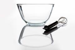 有颊须的玻璃碗从与反射的边 库存照片