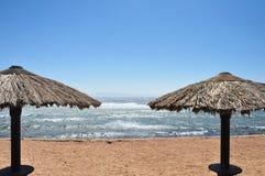 有风的海滩 库存图片
