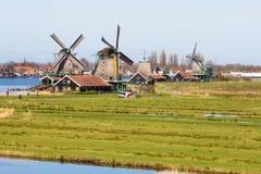 有风车的全景在Zaanse Schans,传统村庄,荷兰,北荷兰省 库存照片