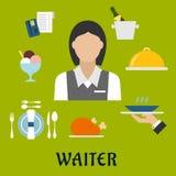 有餐馆器物和食物的女服务员 免版税库存图片